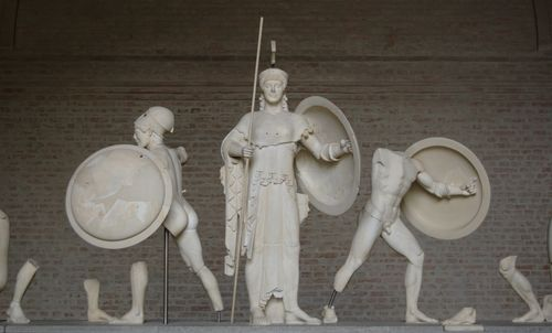 Aphaia_pediment_5_central_Glyptothek_Munich