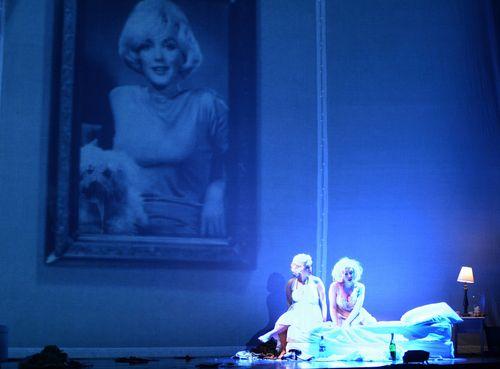Marilyn2-541md