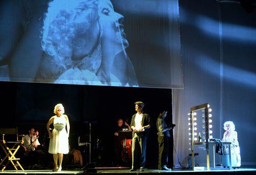 Marilyn1-061md