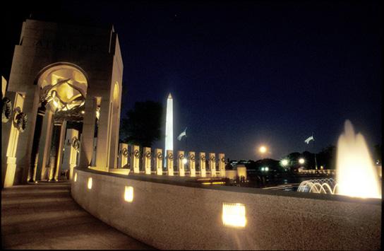 wwII_memorial_pillars
